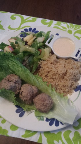 Turkey meatballs with quinoa and salad