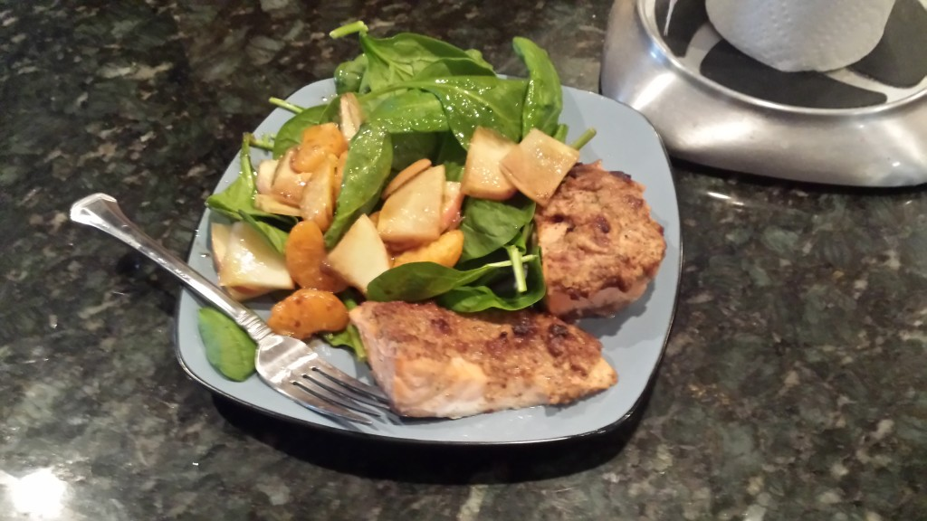 Maple dijon salmon and spinach / apple / mandarin salad